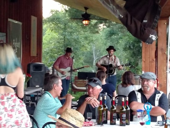 Lewisburg, TN: Singers perform on the outdoor stage as patrons enjoy the sounds and the tastes of great wine