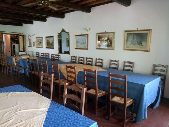Монтеспертоли, Италия: Parte della sala pranzo