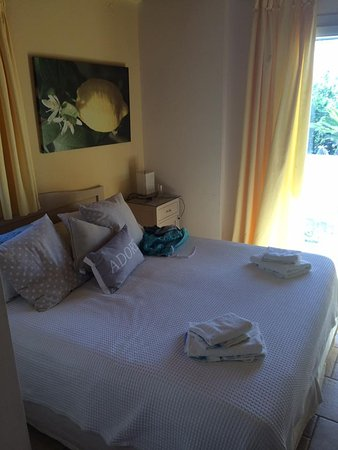 Sebastian's Family Taverna & Accommodation: Room 4