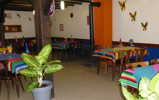 Membrey, ฝรั่งเศส: La salle de restaurant