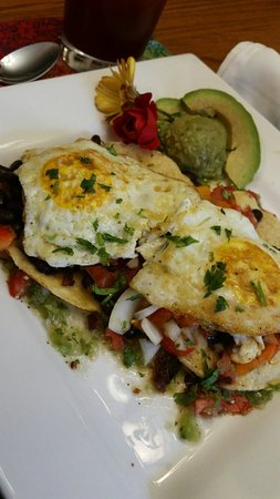 Saint Joseph, Мичиган: Huevos Rancheros a la Duncan House, one of our gluten free offerings.  Made with 2 fresh salsas,