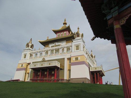 Elista, Russland: Самый большой буддийский храм на европейской территории