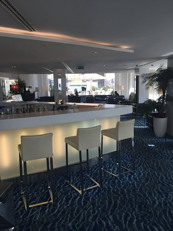 Hotel Presidente Luanda : Bar Area