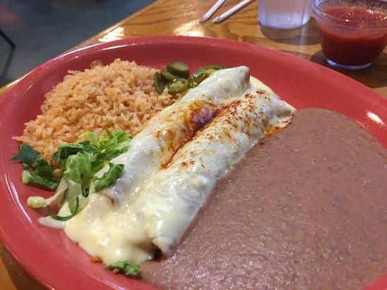 Weatherford, TX: Chicken enchiladas with sour cream sauce. Delicious!