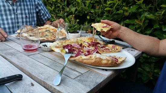 Oudenaarde, Belgique : Mmmm....lekkere pizza