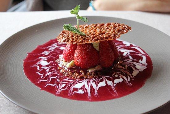 Cahors, France: Dessert fraises