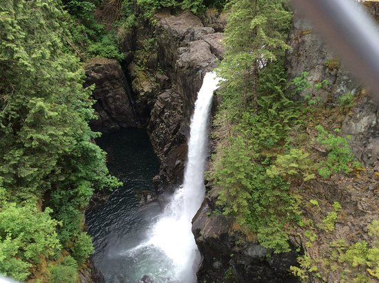 Campbell River, Canadá: The falls