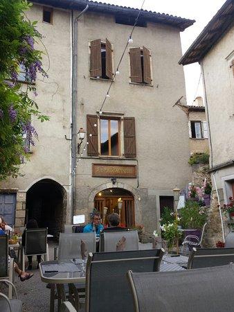 Nobile Val Saint-Antonin, Francia: 20160702_210731_large.jpg