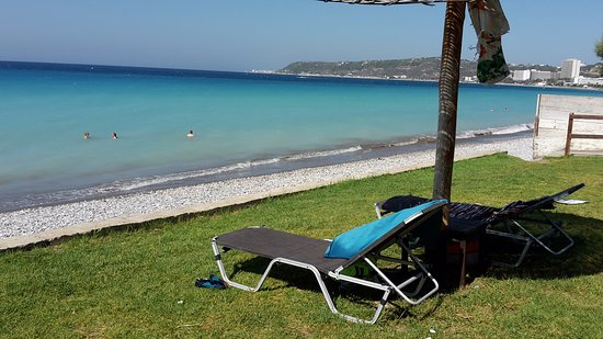 Nathalie Hotel: plage bar AKTI à 5 mn à pieds