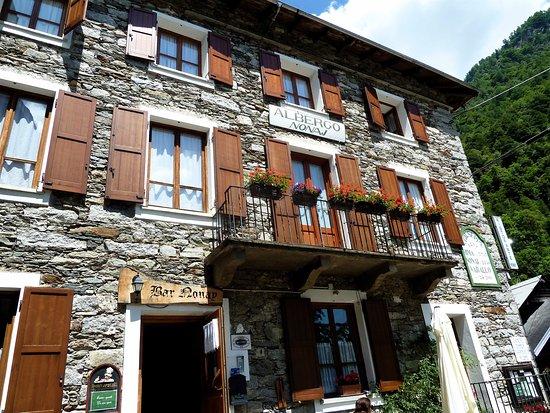 Rima San Giuseppe, Italien: La facciata