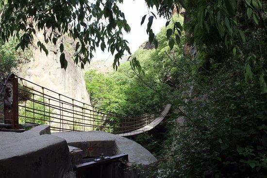 Los Cahorros: Hangbrug Rio Monachil.