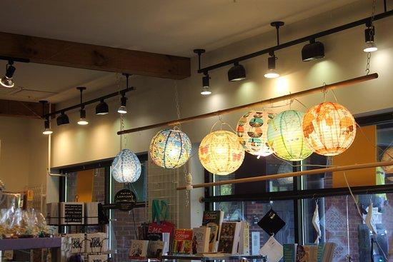Williamstown, MA: More lanterns