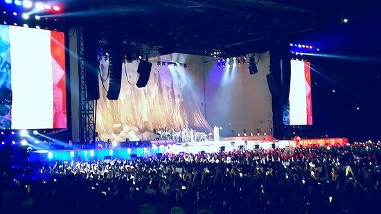 Decines-Charpieu, Frankrike: Rihanna Lyon Parc OL - 19JUL2016