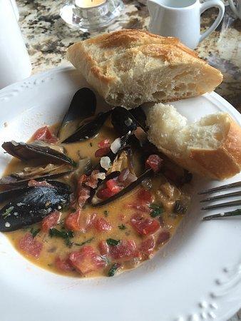 Cross Village, Мичиган: Mussels...DELISH‼️