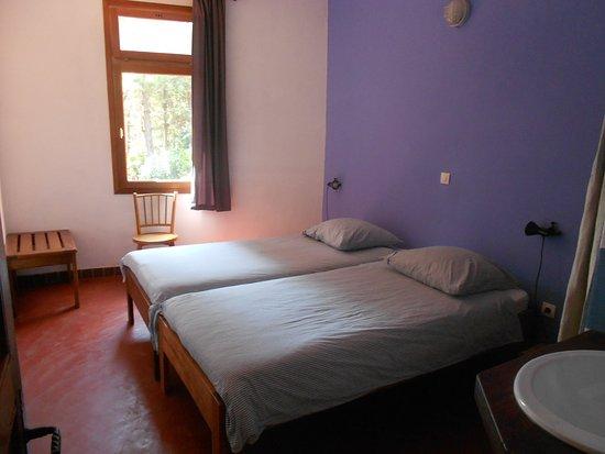 Bangangte, Καμερούν: chambre twin