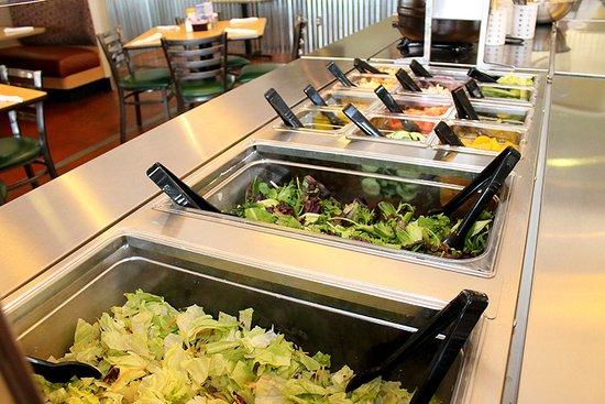 Fort Stockton, TX: Pecos RoadHouse Salad Bar