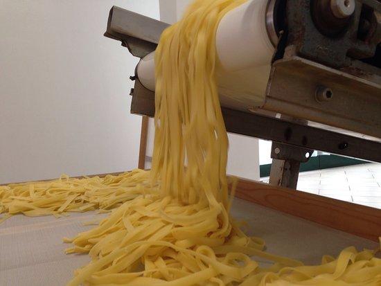 Magione, Italia: produzione