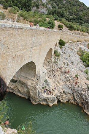 Saint-Jean-de-Fos, Frankrig: le pont