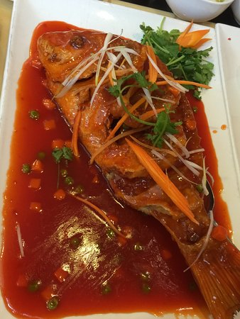Peter Chang's China Grill: Sweet n Sour Red Fish