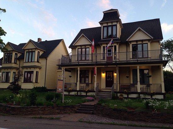 Parrsboro, Canadá: The Maple Inn