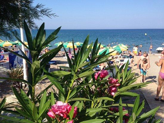 Kolimbia, Greece: Pláž u hotelu Irene Palace