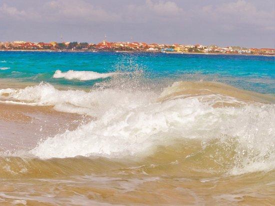 Praia de Santa Maria: tyto větší:)