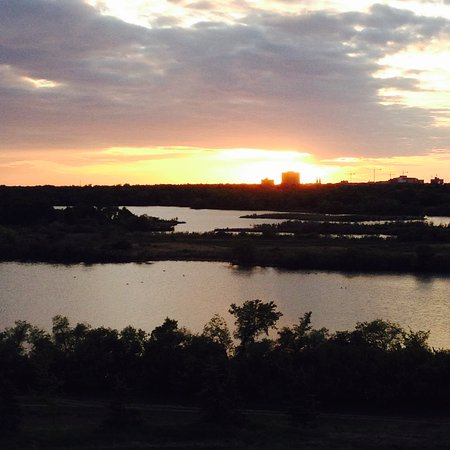 Wascana Centre Park: Looking over Wascana Lake from Douglas Park hill
