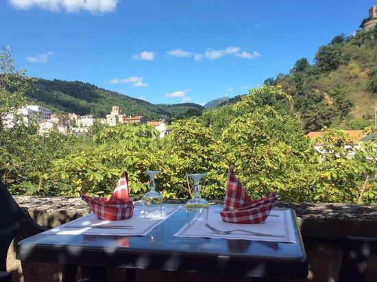 Hotel villa romaine bewertungen fotos royat for Villas de jardin seychelles tripadvisor