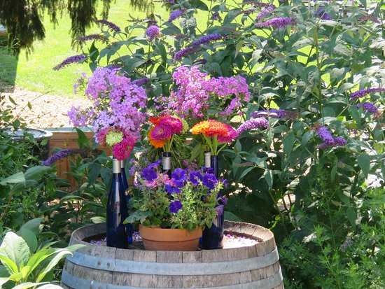 Orrtanna, PA: Garden artistry