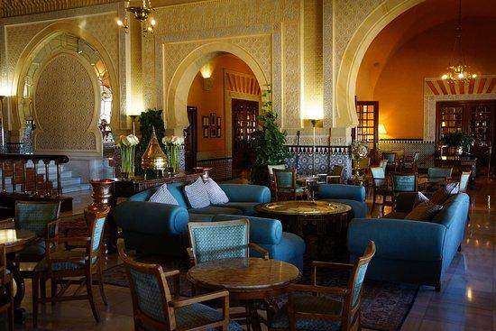 Hotel Alhambra Palace: Lobby