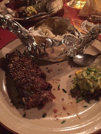 Steakhaus zur Waffenschmiede : Viande et pomme de terre au four
