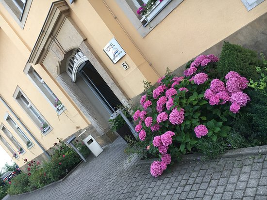 Hotel Regenbogenhaus: Sommer 😎