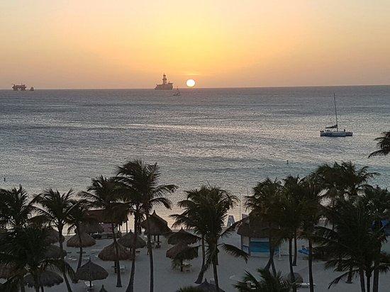 Marriott's Aruba Ocean Club: 20160719_190703_large.jpg