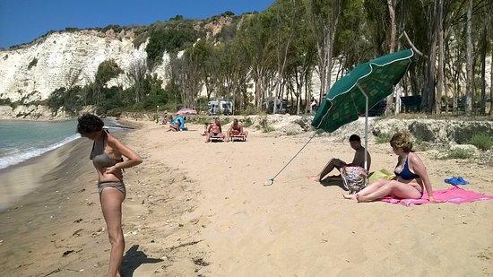 Cattolica Eraclea, Italie : Vista del campeggio dalla spiaggia