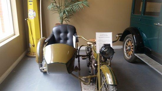 Fort Edmonton Park: Classic auto