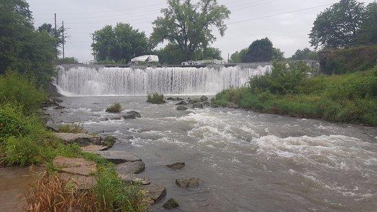 Lanesboro, MN: Root Falls