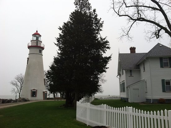 Marblehead lighthouse & museum