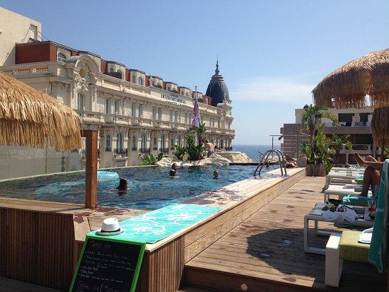 3.14 Hotel, hôtels à Cannes