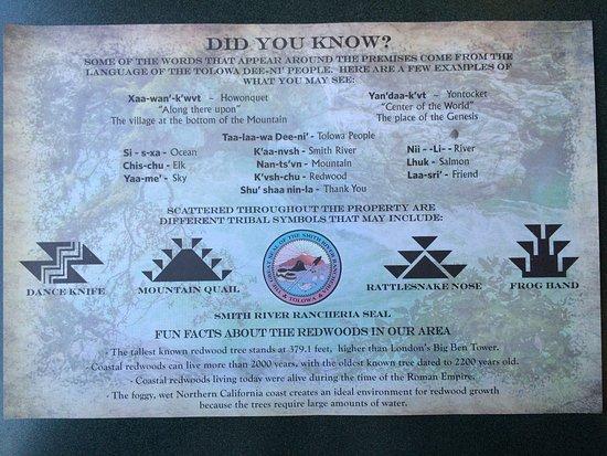 Smith River, Kaliforniya: Placemat with Tolowa Tribe info.