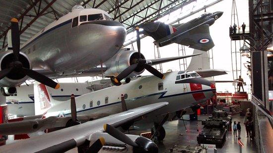 Shifnal, UK: Planes!