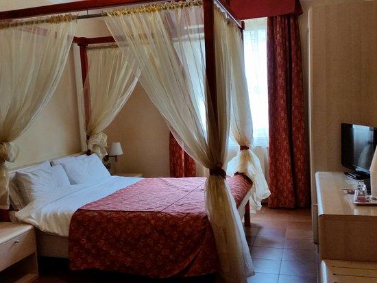 Hotel Caesar Prague Photo