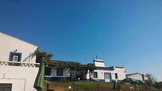 Mourao, โปรตุเกส: TA_IMG_20160726_180417_large.jpg