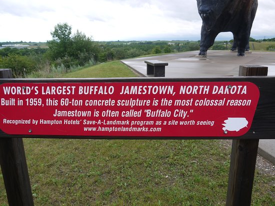 Jamestown, ND: World's Largest Buffalo