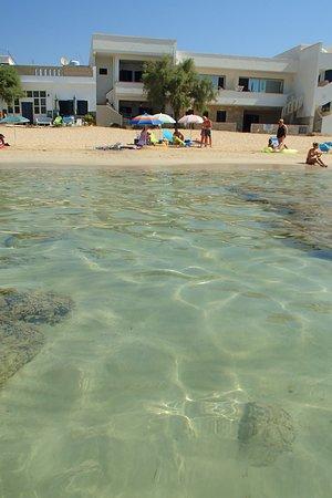 Torre Pali, Italia: Mare, spiaggia e la nostra casa! Relax assoluto.