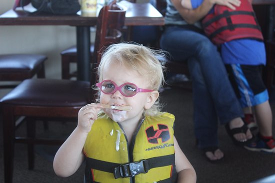 Mesa, AZ: They provided life jackets for free and insisted everyone where them of a certain age