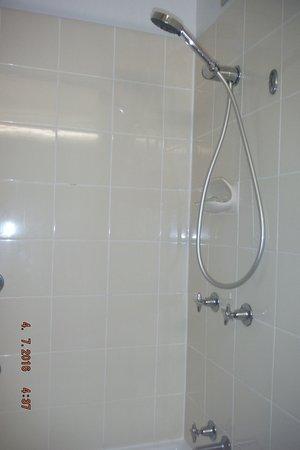 Ramada Resort Port Douglas: salle de bain