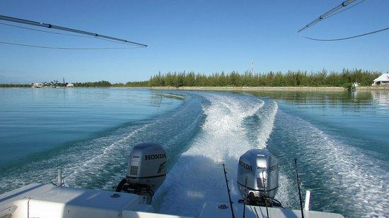 تريجر كاي بيتش مارينا آند جولف ريزورت: Captain Mark's Boat
