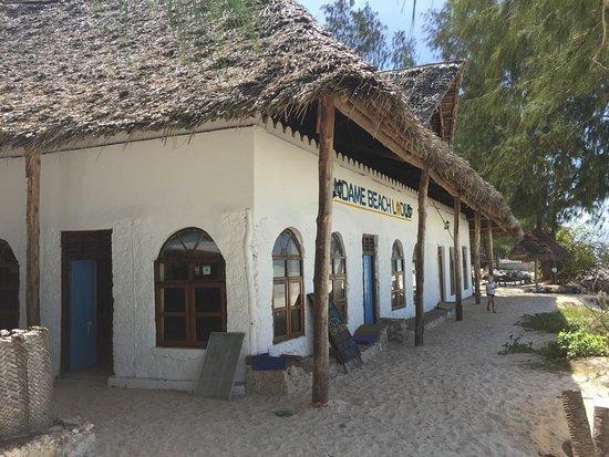 Blue Doors Restaurant: photo2.jpg