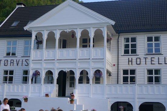 Sogn og Fjordane, Norway: The main hotel building.