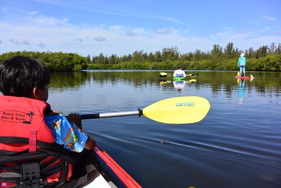 Orchid Island Bikes Kayaks The Family S First Time Tandem Kayaking